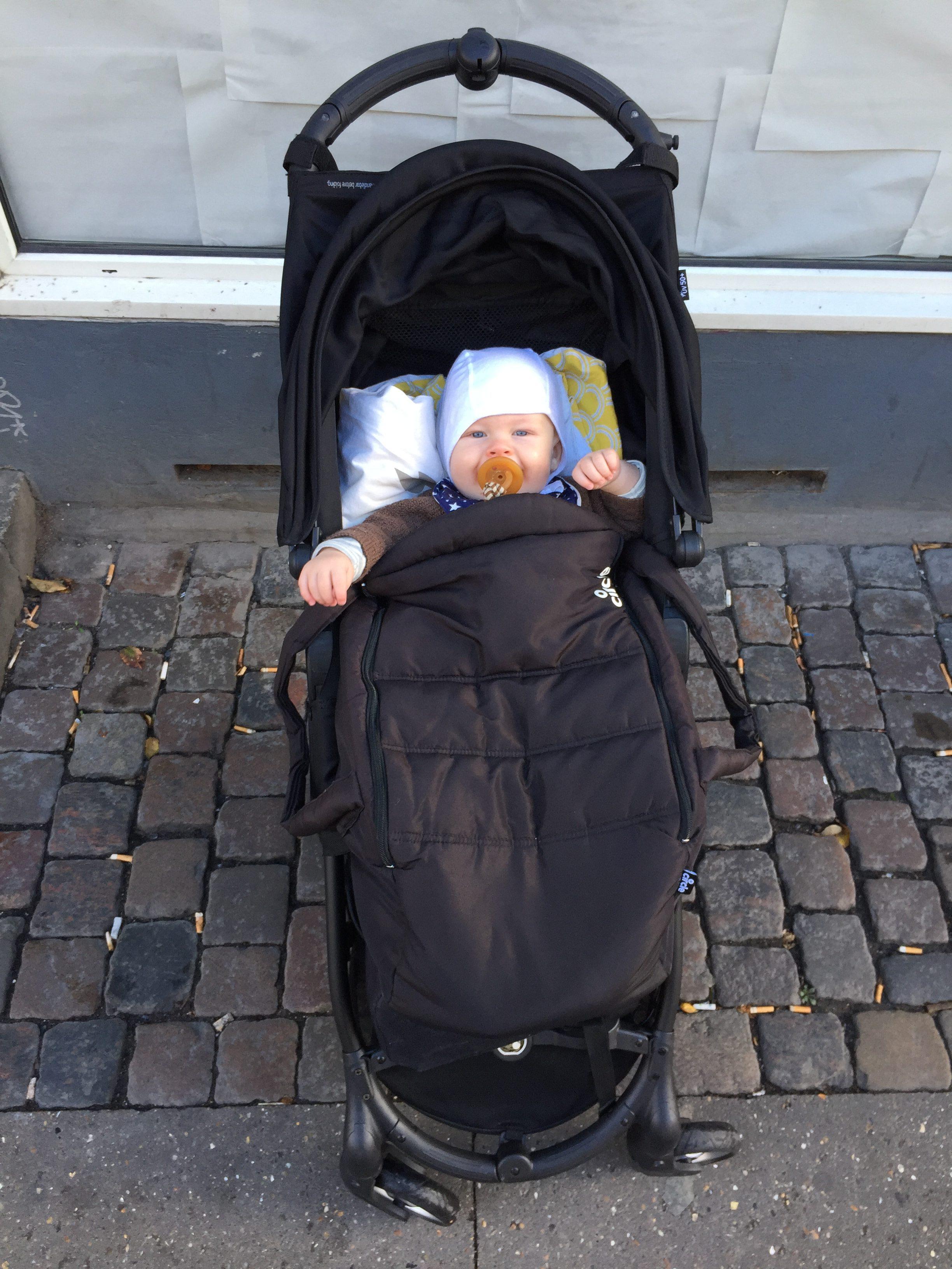 Rejseklapvogn fra Baby Jogger samt blød lift
